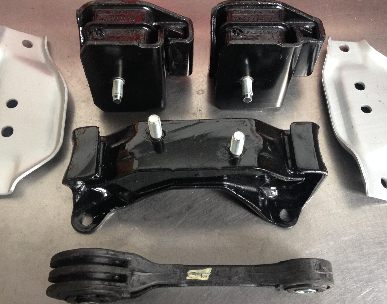 Subaru Sti Group N Engine mounts