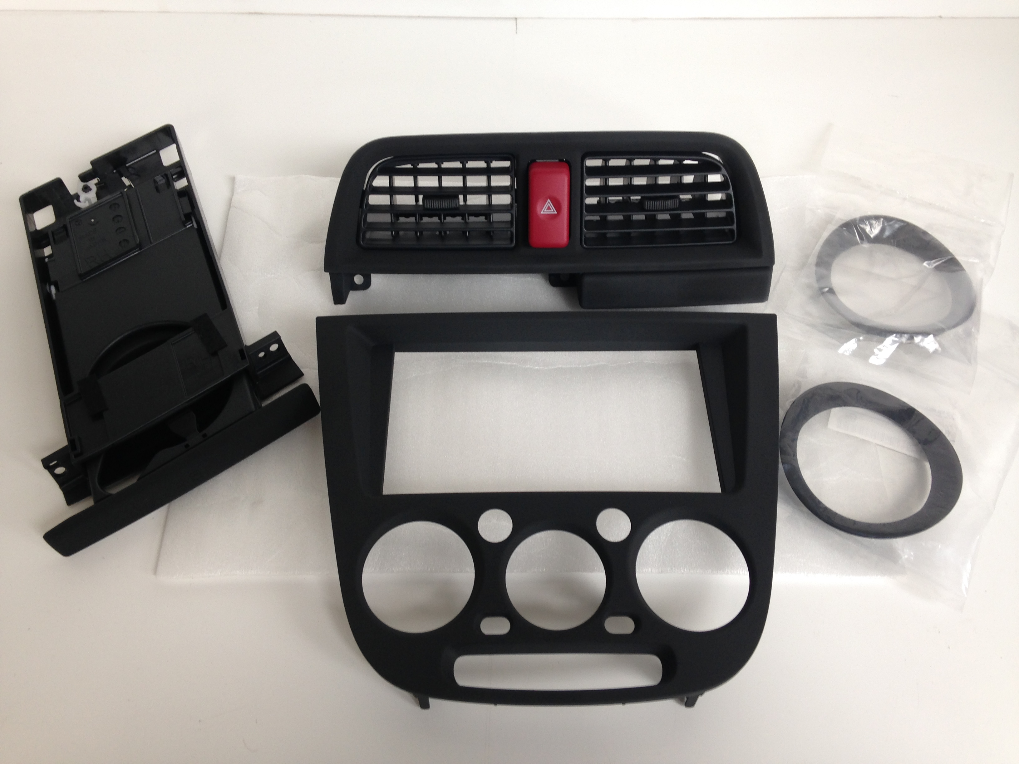 Impreza Spec C black dash kits